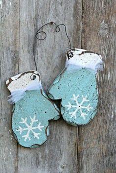 Christmas Decor in Shabby Chic Style | Decorazilla Design Blog