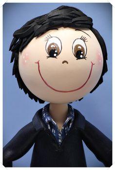 Fofucha chico con camisa en goma eva pintado a mano  www.xeitosas.com