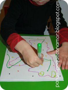 Foto: Unir puntos. Grafomotricidad. Simple, simple... ¡y le encantó! http://paramipequeconamor.blogspot.com.es/2013/04/unir-puntos-grafomotricidad.html