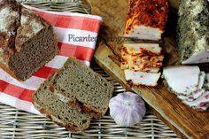 Słonina w słonej marynacie z przyprawami My Cookbook, Preserves, Pickles, Sausage, Pork, Bread, Recipes, Kale Stir Fry, Preserve