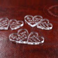 50 pcs Personnalisé cristal Coeur Personnalisé M. MME Amour Coeur souvenirs De Mariage Table Décoration Maîtresses Faveurs et Cadeaux