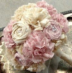 Faire de faux bouquets en tissu, des modèles                                                                                                                                                      Plus