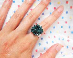 ice pandora: DIY: Emerald Crystal Ring