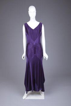 Evening Dress Jean Patou, 1929-1930 The Goldstein Museum of Design OMGthatdress