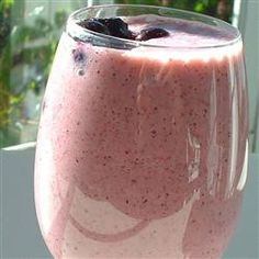 Gordon's Berry Breakfast Drink Allrecipes.com    3/4 cup chilled orange juice   1/3 cup chilled pineapple juice   2 cups vanilla yogurt   1 cup frozen blueberries   1/2 cup frozen sliced strawberries   1/2 banana, sliced