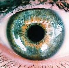 Eye photography close up colour 40 Trendy Ideas Most Beautiful Eyes, Stunning Eyes, Pretty Eyes, Cool Eyes, Realistic Eye Drawing, Eye Close Up, Human Eye, Eye Photography, Eye Art