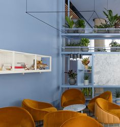 Grzywinski+Pons recently have designed Leman Locke, a minimal hotel located in London, England. Leman Locke is a new 168 room hotel Modern Interior Design, Interior Architecture, Contemporary Architecture, Pastel Interior, Blue Photography, Art Blue, Hotel Interiors, Modern Interiors, London Hotels