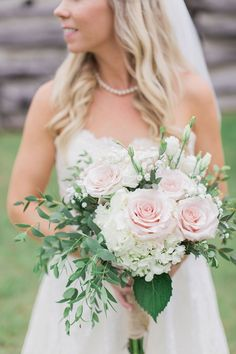 Stonefields Heritage Farm Wedding - bride and groom photos around farmhouse and barn. Rustic chic wedding inspiration. wedding day ideas. wedding photo inspiration. Bride and groom photo inspiration. blush, white and greenery filled bridal bouquet. romantic wedding day photos. Wedding picture inspiration. elegant barn wedding ideas. Classic blush and white bridal bouquet. Simple and elegant bridal bouquet. soft pink roses in bridal bouquet. Blush wedding bouquet ideas.