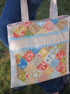 Pretty by Hand - Pretty By Hand    {sweet book bag made with scraps.  would be cute to embroider name in the linen bar across the top.}