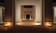 Hotel De La Paix / Duangrit Bunnag Architect
