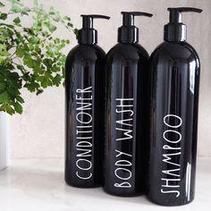 Black reusable bathroom toiletries bottles in skinny font - shampoo bottle, conditioner bottle, refillable bottles, soap dispenser - Organization Ideas - Porta Shampoo, Diy Shampoo, Shampoo Dispenser, Bathroom Soap Dispenser, Soap Dispensers, Bathroom Styling, Bathroom Interior Design, Bathroom Designs, Skinny Fonts