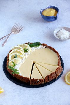 The Fabulous Speculoos Lemon Tart — Del's cooking twist Lemon Recipes, Tart Recipes, Baking Recipes, Easy No Bake Cheesecake, Baked Cheesecake Recipe, Simple Cheesecake, Classic Cheesecake, Köstliche Desserts, Delicious Desserts