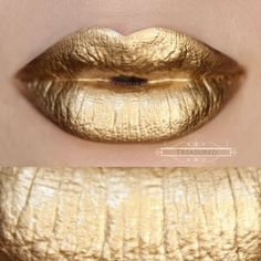 A rich, creamy and pigmented gold that is extraordinary! Unlike 24k, this gold has no undertones. It is a pure gold that sets to a foil metallic finish. Goes on creamy, highly pigmented that a small dab goes a long way. We always suggest to apply a small amount, even it out over your lip and then build it up to your liking.