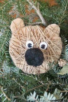 Make this bear craft Christmas ornament based on Bear Stays Up for Christmas childrens book.