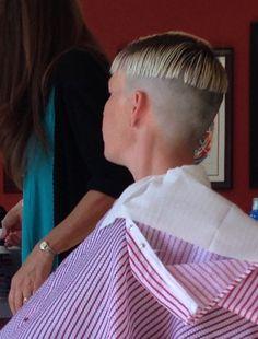 https://flic.kr/p/yGV8zd   Haircut in process