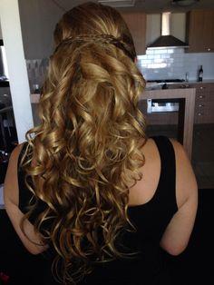 Bridesmaid hair by Scizzor whizz