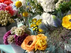 mixed up centerpieces by Larkspur Chicago
