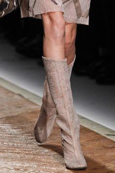 Fall 2011 Ready-to-Wear Valentino