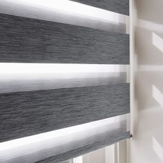 Unique Tips and Tricks: Roll Up Blinds Articles brown blinds rugs.Sheer Blinds For Windows bedroom blinds master.Sheer Blinds For Windows. Patio Blinds, Outdoor Blinds, Diy Blinds, Bamboo Blinds, Fabric Blinds, Curtains With Blinds, Privacy Blinds, Blinds Ideas, Living Room Blinds