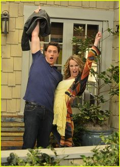 """Good Bye Charlie"" Did anyone else cry when they kissed? But thats okay, because it was the LAST EPISODE EVER of Good Luck Charlie! Good Luck Charlie Cast, Charlie Day, 2000s Disney Shows, Teddy Duncan, Good Luck Chuck, Old Disney Channel, Cute Disney Pictures, Shane Harper, Celebrity Gossip"