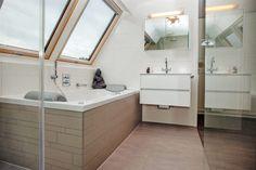 Dakraam In Badkamer : The best badkamer trends images in bathroom