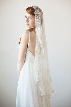 Bridal Veil – Timeless Romance