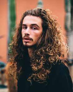 Giaro Giarratana – Jay Inspiration Source by muratnejat Hair And Beard Styles, Curly Hair Styles, Natural Hair Styles, Long Curly Hair Men, Hair Inspo, Hair Inspiration, Moustache, Male Beauty, Haircuts For Men