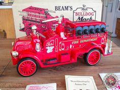 Jim Beams 1917 Mack Fire Truck Whiskey Decanter C 1982