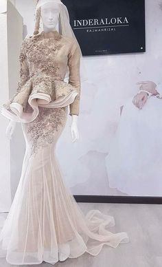 Dress fashion party and wedding Muslimah Wedding Dress, Muslim Wedding Dresses, Muslim Dress, Wedding Attire, Bridal Dresses, Wedding Gowns, Bridesmaid Dresses, Prom Dresses, Hijab Evening Dress