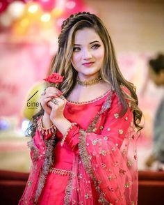 Pakistani Bridal Hairstyles, Pakistani Bridal Makeup, Pakistani Wedding Outfits, Pakistani Dresses Casual, Pakistani Dress Design, Indian Bridal, Wedding Dresses, Stylish Dress Designs, Stylish Dresses