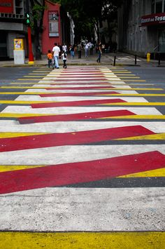 Artistic Crosswalk | FULL POST: http://caracasshots.blogspot.com/2013/06/street-art-law-and-art-2.html | #Caracas