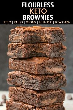 Flourless Keto Brownies (Paleo, Vegan, Nut-Free, Dairy Free)- Easy flourless keto brownies recipe made with NO dairy and with just 6 ingredients- the best ketogenic dessert recipe. #ketodessert #ketogenic #flourless #lowcarbdessert | Recipe on thebigmansworld.com
