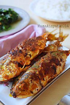 {scroll down for recipe in English}         Bismillah..  Ikan bakar ini relatif simpel dan mudah dibuat. Dengan bahan dan bumbu yang sama,...