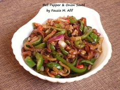 Bell Pepper and Onion Saute - Fauzia's Kitchen Fun Easy Delicious Recipes, Yummy Food, Tempura Recipe, Sauteed Greens, Oven Dishes, Side Dishes, Dried Beans, Peppers And Onions, Veggie Recipes