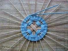 Мастер-класс Поделка изделие Плетение Разноцветные совята Бумага газетная Трубочки бумажные фото 26
