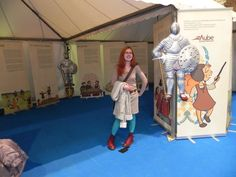Au salon du livre de Troyes  Avec les panneaux d'expo dont j'ai faut les illustrations