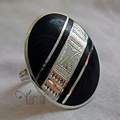 Bague touareg argent ébène ovale bande gravée diagonale a