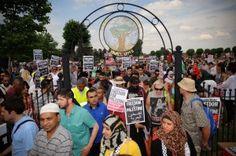 Como se está viviendo en las calles del Reino Unido el conflicto entre israelíes y palestinos http://elnorthern.com/2014/08/05/protestas-pro-palestina-obligan-cerrar-un-sainsburys-en-birmingham/