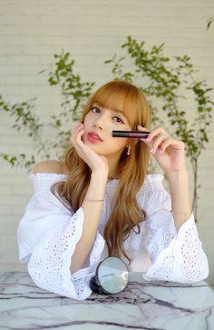 Last love ☆ Jensoo + Chaelisa - 32 Kpop Girl Groups, Korean Girl Groups, Kpop Girls, Kim Jennie, Yg Entertainment, Lisa Blackpink Instagram, Rapper, Lisa Bp, Blackpink Members