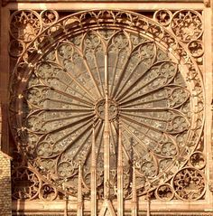 Strassburg Cathedral, Rose exterior - Rose window - Wikipedia, the free encyclopedia
