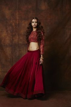 red lehenga. crop top lehenga. raw silk lehenga , shasha gaba, full sleeved lehenga, modern lehenga, edgy lehenga, braid , side braid, blood red, light bridal lehenga, sister of the bride