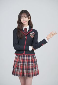 Korean Girl, Asian Girl, Korean Outfit Street Styles, School Uniform Outfits, Kpop Fashion Outfits, Korean Actresses, Pent House, School Fashion, Cute Casual Outfits