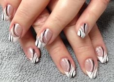 White and black nails Nail Tip Designs, Fancy Nails Designs, Creative Nail Designs, Fingernail Designs, Beautiful Nail Designs, Acrylic Nail Designs, Creative Nails, Fancy Nail Art, White Nails