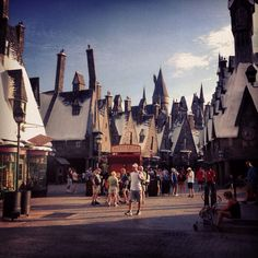 I want to go here! Harry Potter World.