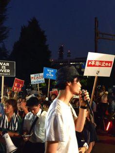 人が集まってきたので、予定より少し早いですが始めます!  #本当に止める #国会前 #SEALDs