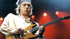 "DIRE STRAITS: Hear Mark Knopfler's Isolated Guitar Track From 1978's ""Sultans Of Swing"""