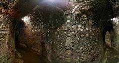 Misterios y Conspiraciones: Misterioso edificio subterráneo que desconcierta a...