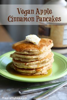 Apple Cinnamon Pancakes #vegan. - The Pretty Bee