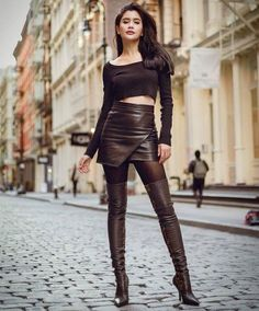 Thigh High Boots, High Heel Boots, Heeled Boots, Leather Boots, Leather Skirt, Ballet Heels, Leder Outfits, Sexy Boots, Indian Sarees