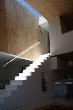 macuer house | stairwell ~ ruiz solar